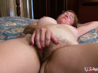 USAwives Busty Matures Self Stimulation with Toys