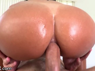 HardX - Big Booty Babe Gets Anal Creampied
