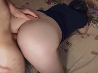 The brunette first sucked, and then gave herself to fuck - Ezik01