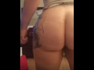 Thick Milf on periscope